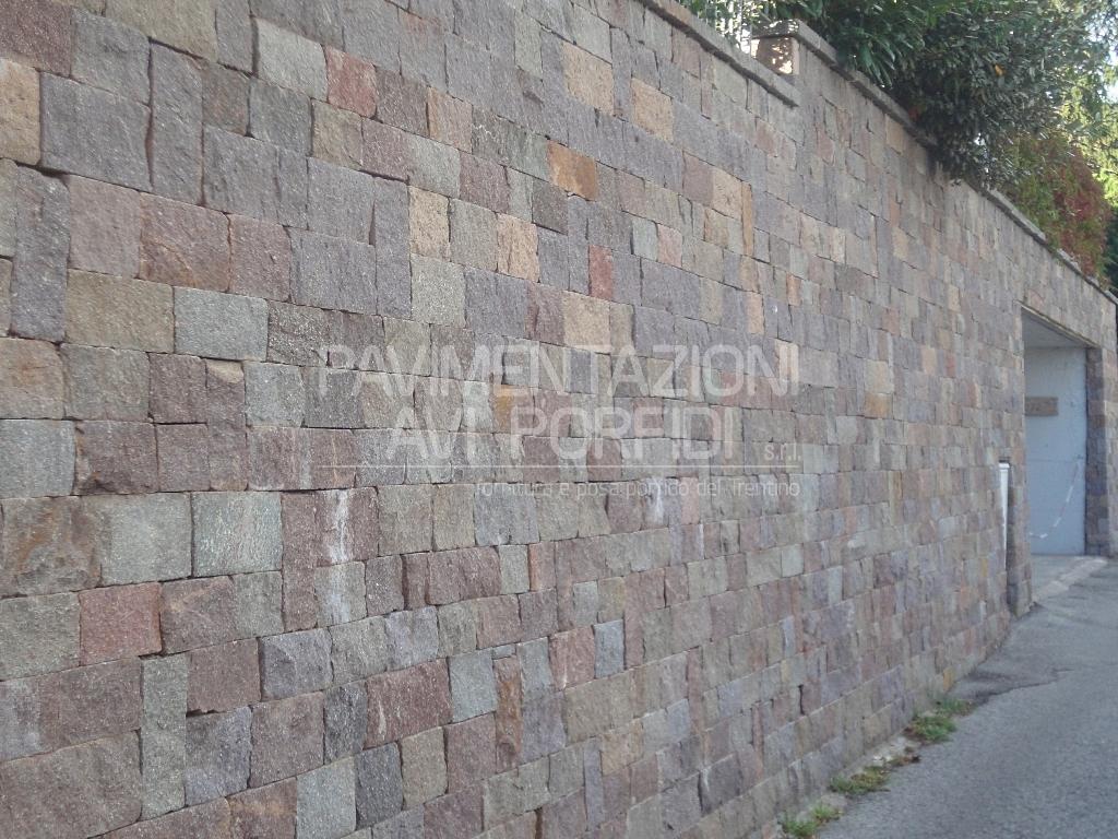Pavimentazioni avi porfidi bugnato tranciato - Muri a vista interni ...