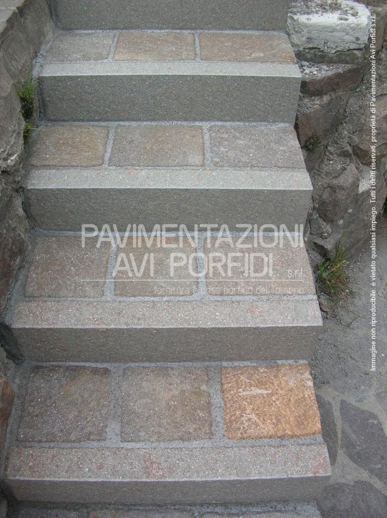 Piastrelle per gradini scale pannelli termoisolanti for Piastrelle per scale esterne