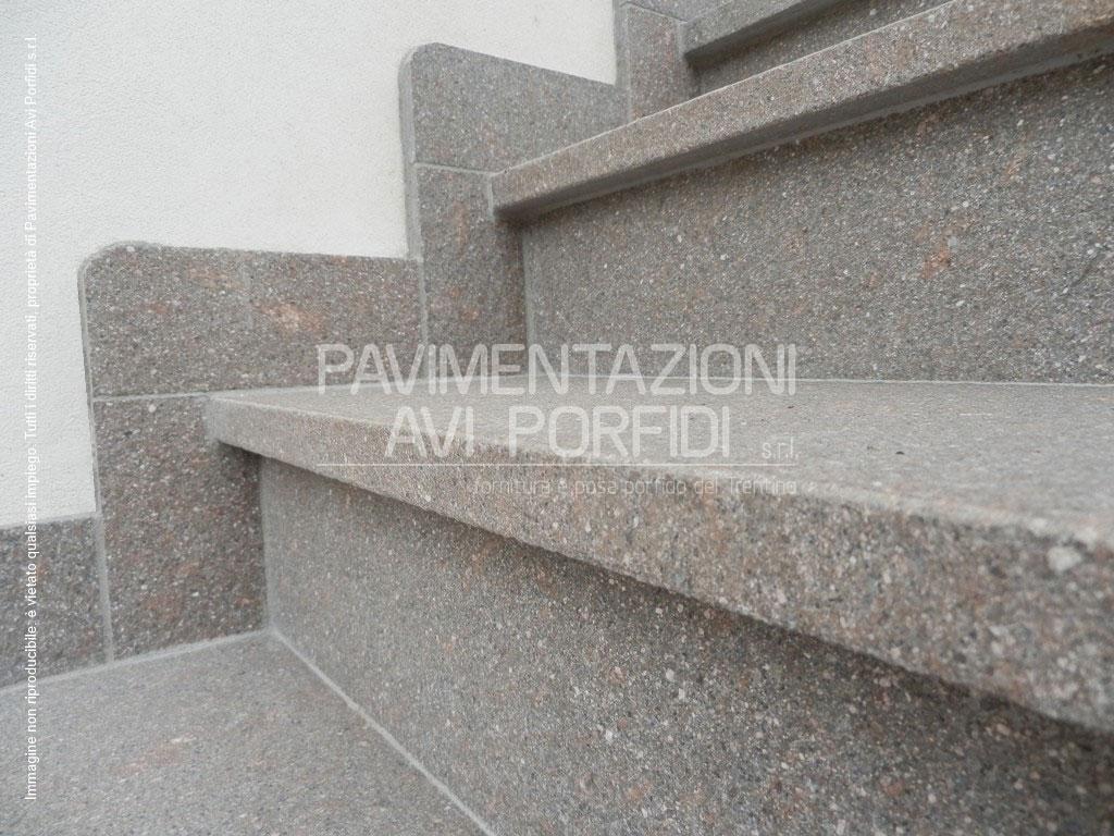 Pavimenti per scale esterne showroom scale with pavimenti - Scale interne pietra ...