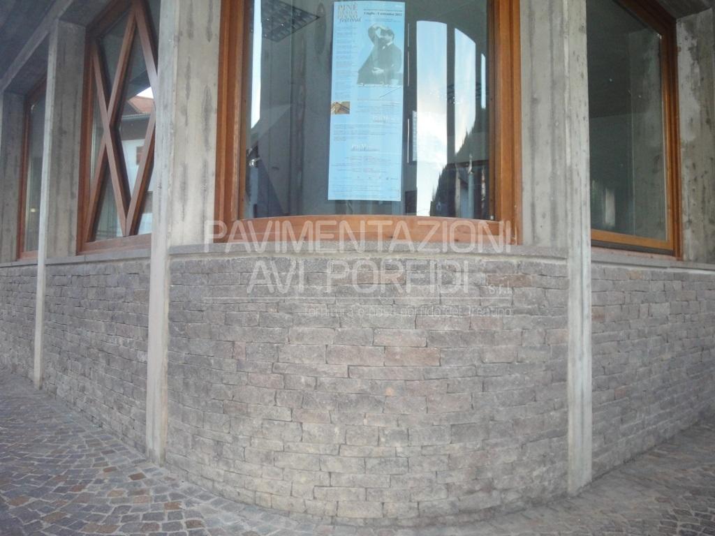 Pavimentazioni Avi Porfidi :: Smolleri Listelli