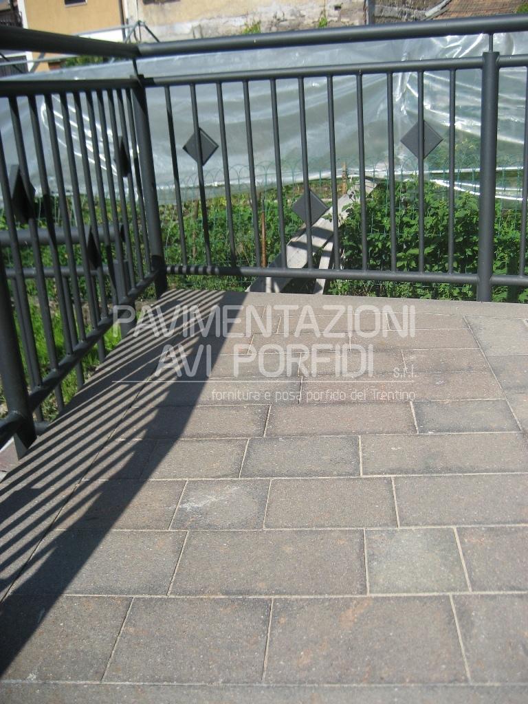 Piastrelle facciate esterne la scelta giusta variata - Piastrelle per terrazze esterne ...