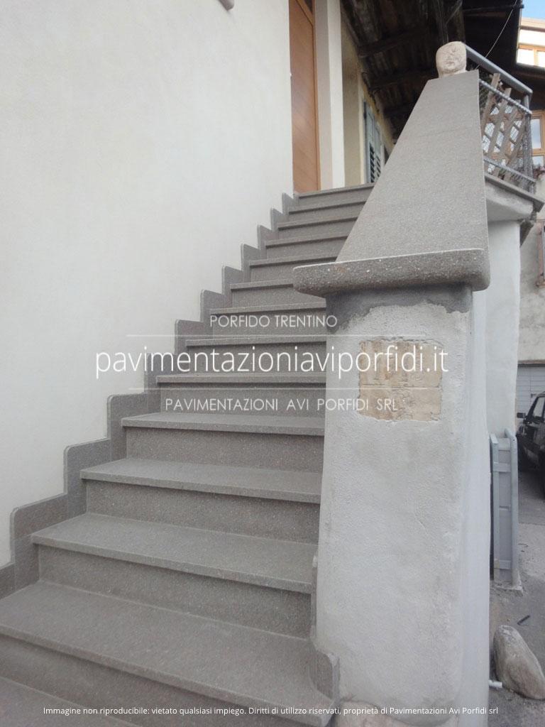 Pietra Grigia Per Davanzali pavimentazioni avi porfidi: copertine e davanzali in porfido