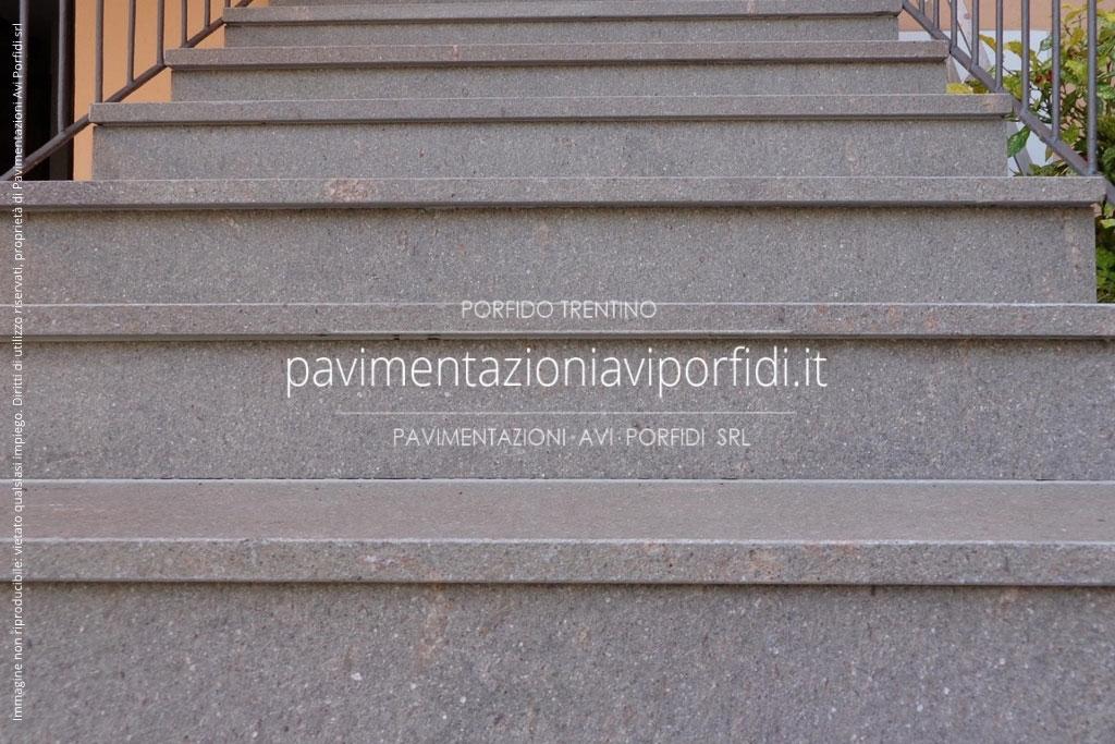 Molto Scale e gradini di Porfido XU76
