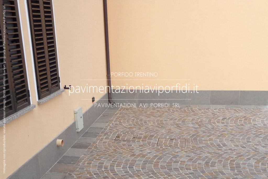 Pavimentazioni avi porfidi zoccolino in porfido per esterni