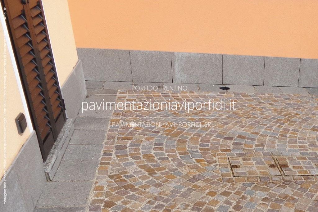 Pavimentazioni avi porfidi zoccolino in porfido per esterni - Piastrelle per facciate esterne ...